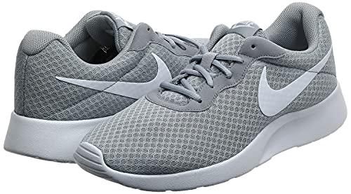 Nike Tanjun, Zapatillas de Running para Hombre, Gris (Wolf Grey/White 010), 41 EU