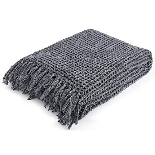 mokebo® Decke 'Die Hyggelige' mit Waffelpique im Stonewashed Erscheinungsbild, Strickdecke, Tagesdecke und Kuscheldecke | Decke in 130/170(B/H in cm)