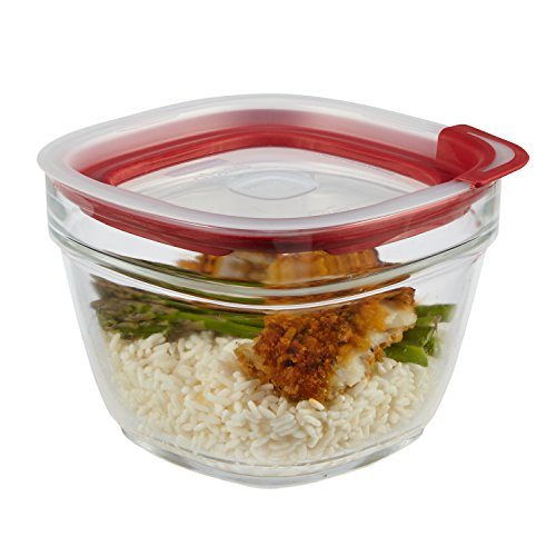 Rubbermaid Easy Find Lids Glass Food Storage Container, 5.5 Cup, Racer Red