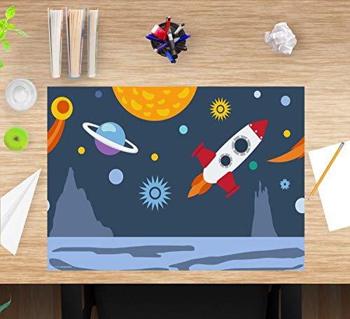 """Schreibtischunterlage für Kinder – """"Weltall"""" – aus erstklassigem, strapazierfähigem Vinyl (Kunststoff BPA frei) – 60 x 40 cm – Rutschfeste Schreibunterlage für besten Schutz – Made in Germany"""