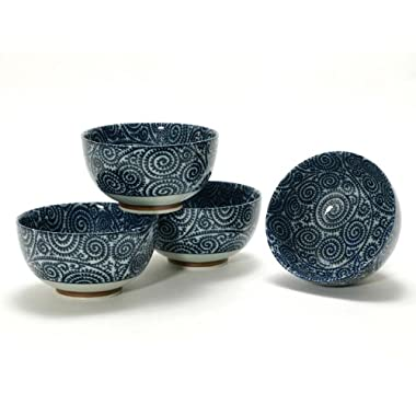 Japanese Takokarakusa Bowl Set includes 4 Bowls