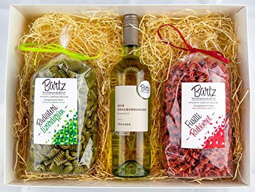 Geschenkset Feinkost Bartz Nudelmanufaktur (Grün & Rot) | 2x hausgemachte Pasta | 1x Premiumwein