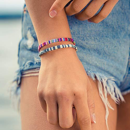 Made by Nami Boho Surfer-Armband 2-er Set Damen & Herren - Handmade Strand Festival Accessoires - Ethno Hippie Style - 100% Wasserfest & Verstellbar - Freundschaftsarmbänder Mädchen (Pink & Weiß)