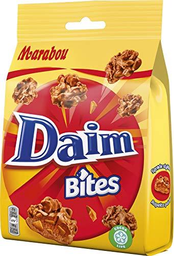 Marabou Daim Bites 8x145 g – kleiner Snack mit Mandel-Karamell Stückchen, umhüllt von cremig–zarter Schokolade und Cornflakes – knusprige Süßigkeiten, perfekt für unterwegs
