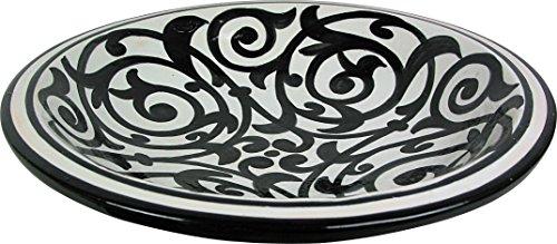 Plato grande de ceramica marroqui, hecho en Fez y pintado a mano al estilo de Azrou. Diametro 40cm, Altura 10cm - Diseño en blanco y negro.