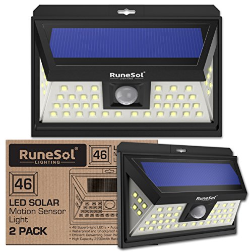 Lucas 46 LED Runesol® con sensor (Paquete De 2) | Lámpara Solar Con 46 Luces LED | Luz LED con Focos Para Iluminar Exteriores, Patios, Cercas, Jardines, Entradas | Panel De Seguridad LED | Luz Solar