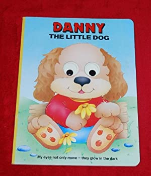 Paperback Danny the Little Dog Book