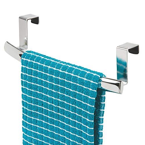 mDesign Barra para colgar paños de cocina – Colgador de cocina curvado para colocar en las puertas de los armarios – Toallero de baño de metal – plateado