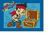 Los niños de los niños alfombra con Jake y los piratas de Nunca/Jake con cofre del tesoro/Jake y sus amigos Izzy, Cubby y el Parrot Skully Leben sobre una isla cerca en Nimmerland