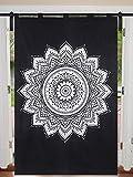 Janki Creation - Cortina de flores blancas y negras, tamaño doble, diseño hippie, diseño de mandala, 125 cm x 208 cm, diseño hippie