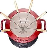 STAUB Fondue Set mit 6 Gabeln, Geeignet für Käse-, Schoko- und Fleisch-Fondue, Gusseisen, Kirschrot, 20 cm - 5