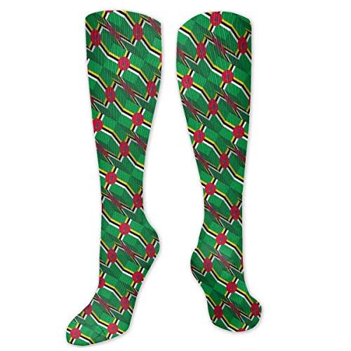 Calcetines con diseño de bandera de Dominica 3D para hombres y mujeres, divertidos para correr, atlético, viajes, deportes sobre la pantorrilla