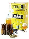 Brassez et embouteillez 4 litres de bière blonde en tout grain. Votre propre bière à la maison comme un vrai maître brasseur ! Ce Beer Kit de niveau intermédiaire vous permet de réaliser toutes les étapes du brassage et ainsi d'avoir l'expérience de ...