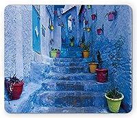 """7.1"""" X 8.7""""青いマウスパッド、モロッコの旅行村のシャウエン市にあるカラフルな植木鉢のある通り、標準サイズの長方形の滑り止めゴム製マウスパッド、マルチカラー"""