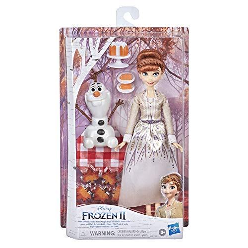 Hasbro F1583 Disney Die Eiskönigin 2 Annas und Olafs Herbstpicknick, Olaf Puppe, Anna Puppe mit Kleid und Mode-Accessoires, für Kinder ab 3 Jahren
