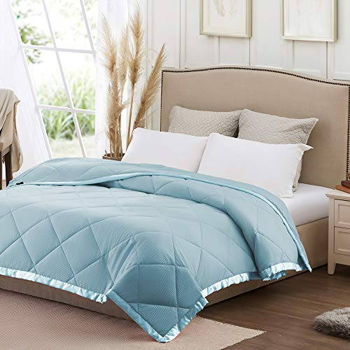 SunStyle Home Down Alternative Blanket with Satin Trim, Lightweight Comforter Soft Thin Quilted Blanket for All Seasons (Twin, Light Blue)