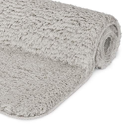 Beautissu Badematte rutschfest 120x70 cm - BeauMare FL Hochflor Teppich in Shaggy Optik für Fußbodenheizung geeignet - Flauschiger Badvorleger für Dusche, Badewanne und WC in Grau