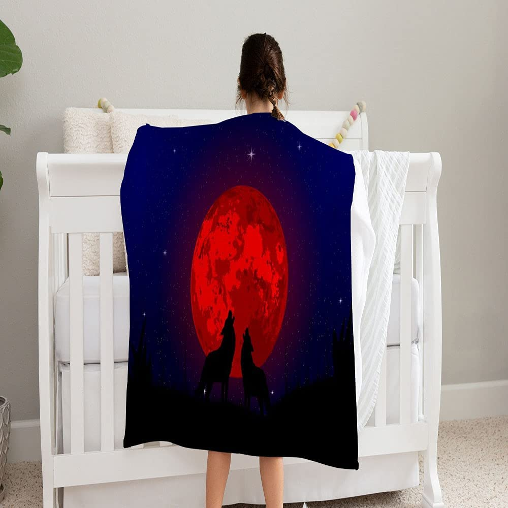 LPVLUX Two Wolfs Howling Blood Moon Blanket Gorgeous and Max 52% OFF Super Cozy Soft