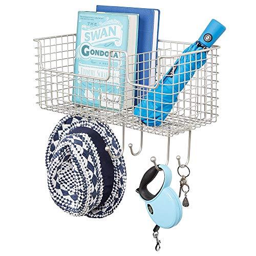 mDesign Organizador de cartas con cesta para pasillo y cocina – Colgador de pared compacto con guarda cartas y seis ganchos – Balda metálica con cuelga llaves para la pared – plateado mate