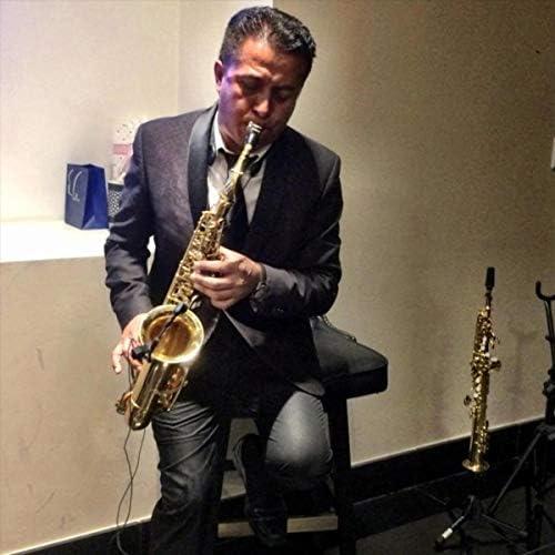 Toño Lopex Saxofonista