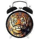 大きな猫意図的な目の捕食者ベンガル、4インチ - サイレント明るい目覚まし時計