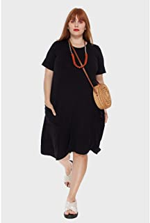 Vestido Evasê com Bolsos Plus Size