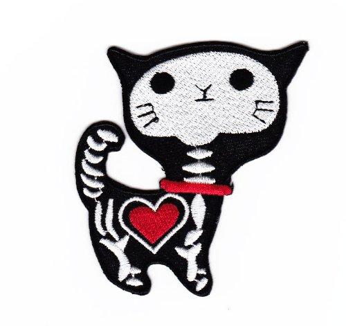 Aufnäher Bügelbild Aufbügler Iron on Patches Applikation Katze Skelett Herz Gothik
