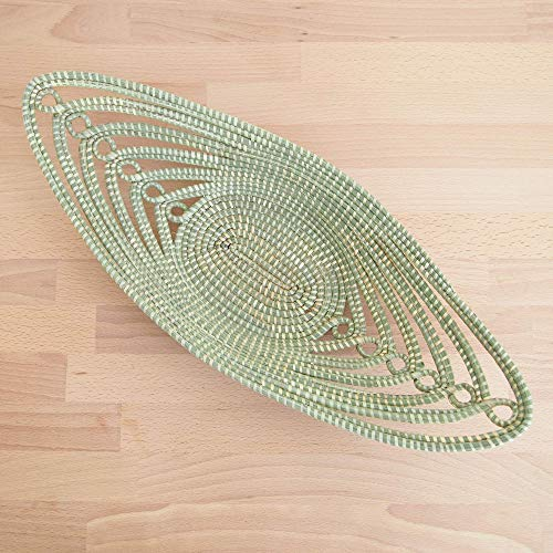 African Decorative Bread Basket/Woven Sweetgrass Tray/Made in Rwanda/Natural