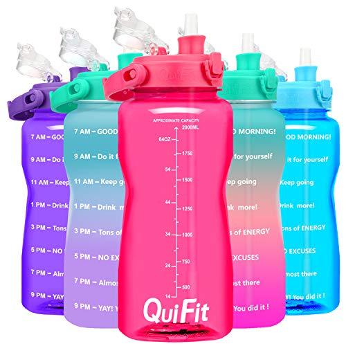 QuiFit 2-Liter-Wasserflasche – Klappverschluss mit Strohhalm, motivierende Sport-Flaschen, ideal für Fitnessstudio, Camping, Outdoor, BPA-frei und wiederverwendbar (Pink)