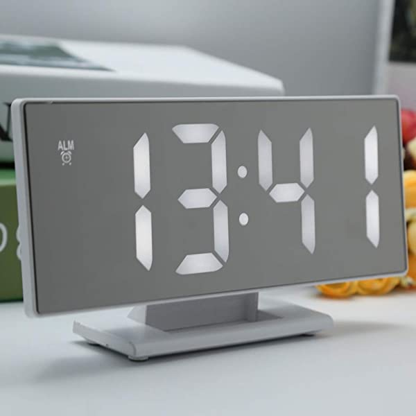 Sandouli Home LED Digital Alarm Clock Table Clock Simple Operation Large Night Light Alarm Snooze Calendars USB Port Big Digit Display 12h 24hours Display Deg C Deg F Temperature Modes