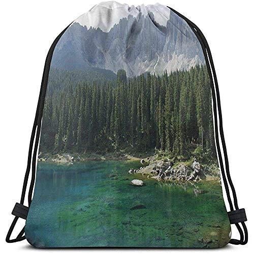 Bolsa de cordón con cordón para atraer la mochila con vista aérea del bosque de pinos por el lago debajo de la montaña, pastoral, paisaje, deporte, bolsa de gimnasio, bolsa de viaje