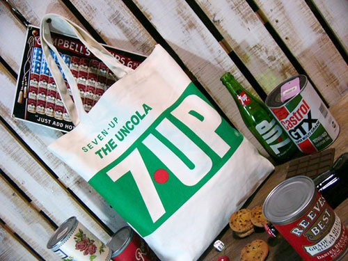 【7up】セブンアップ・キャンバストートバッグ <THE UNCOLA 7UP>