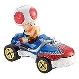 Hot Wheels GBG30 Mario Kart 1:64 Die-Cast Toad with Sneeker Vehicle