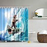 Tier lustige mutige Bär auf einem Hai Duschvorhang Thema Kunst für waschbaren Stoff Badezimmer Dekor Duschvorhang Bär mit Haken 180 * 180 cm