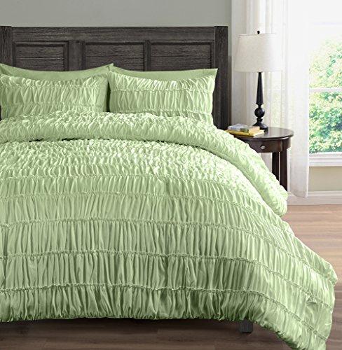 SuperBeddings Ruched Comforter Set King/Cal-King Mint