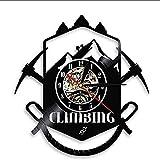 CHANGWW Reloj de Pared de Vinilo Logotipo de Escalada Reloj de Pared Sendero de Senderismo Piolet Equipo de Deportes Extremos Reloj de Pared de Escalador de Vinilo con LED- 12 Pulgadas