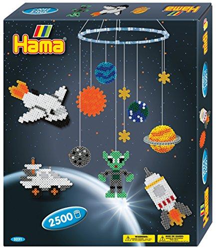 Hama Perlen 3231 Geschenkset Mobile Weltraumabenteuer mit ca. 2.500 bunten Midi Bügelperlen mit Durchmesser 5 mm, 2 Stiftplatten, inkl. Bügelpapier, kreativer Bastelspaß für Groß und Klein