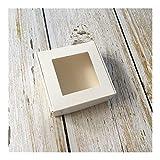 50pcs Kraft Paper Box transparente PVC-Fenster Soap Boxes Schmuck Geschenk-Verpackung Box Hochzeit bevorzugt Süßigkeit-Kasten (Color : White Window, Gift Box Size : 65x65x30mm)