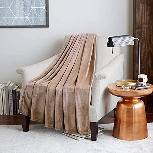 KEITE Mantas para Sofa de Franela,Manta para Cama Reversible de 100% Microfibre Extra Suave,Manta Transpirable (Camello, 200 x 230 cm)