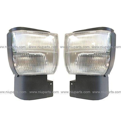 Corner Lamp - Driver and Passenger Side (Fit: Nissan UD 1800, UD 2000, UD 2300, UD 2600, UD 3300 Trucks)