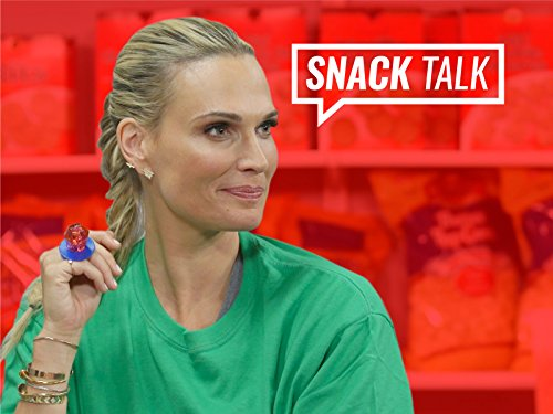 Molly Sims on The Best Halloween Candy