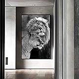 Wfmhra Leones en Blanco y Negro HD se abrazan imágenes de paisajes Naturales Arte de Pared Familiar para Sala de Estar decoración Moderna y de Moda 50x75cm sin Marco