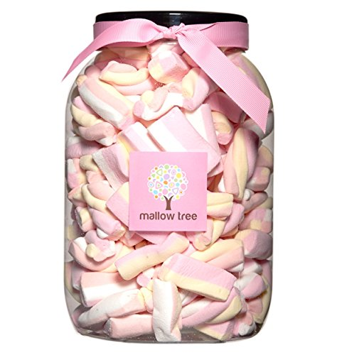 Photo of Mallow Tree Vanilla Twist Mix Marshmallows in a Sweetshop Jar 550 g