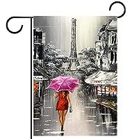 春夏両面フローラルガーデンフラッグウェルカムガーデンフラッグ(12x18in)庭の装飾のため,通りを歩いている赤い傘を持つ女性