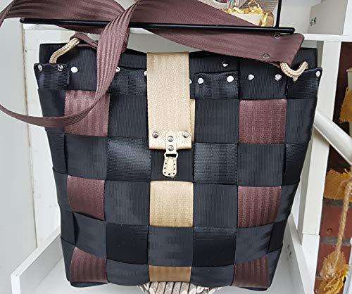 Tasche aus Sicherheitsgurt