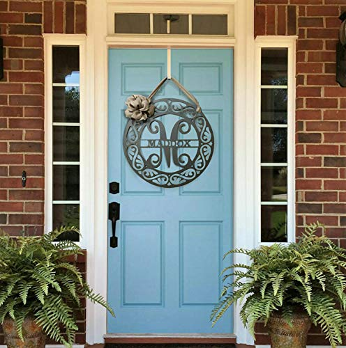 Ced454sy Fancy Schmancy, ghirlanda in metallo monogramma per porta anteriore con nastro monogramma per porta, ghirlanda personalizzabile con nome e cognome
