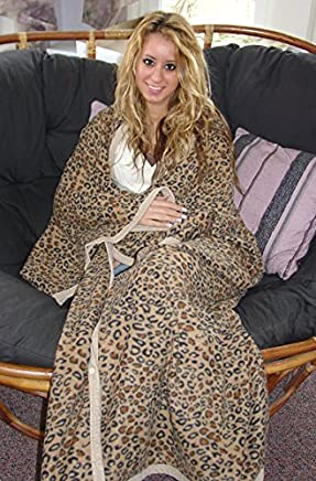 Duke Stevens Snap Snug Fleece Blanket-Leopard