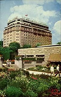 A View Of Rainbow Gardens And Hotel Sheraton Brock Niagara Falls, CANADA Original Vintage Postcard