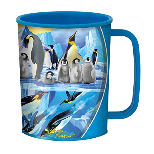 3D LiveLife Penguin Plunge Cup from Deluxebase. Stunning 3D Penguin Design Kids Cups.