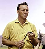 Arnold Palmer in Yellow Photo Print (8 x 10)